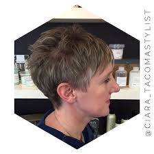 short haircut with ear showing 21 incredibly trendy pixie cut ideas easy short hairstyles