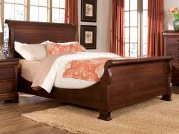King Size Sleigh Bed Durham Furniture Vineyard Creek King Master Sleigh Bed In Antique