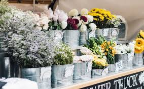flower shops fresh flower shops around batubelig area berry amour villas