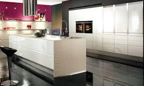 cuisine design blanche hotte aspirante design cuisine cuisine sign place cuisine la cuisine