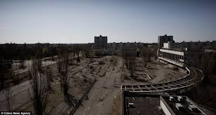 pictures of a chernobyl pictures of abandoned disaster zone 25 years since
