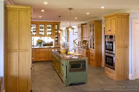 light wood tone kitchen cabinets traditional light wood kitchen cabinets tt136 crown point