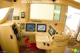 sac d駛euner bureau boats for sale yachts and commercial vessels offered by brokers and