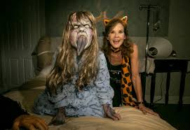 american horror story halloween horror nights linda blair eli roth and more talk costumes candy and scares at