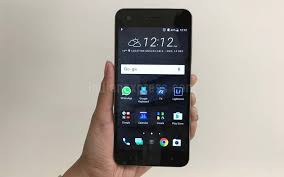 htc design htc desire 10 pro review looks ticks most of the boxes