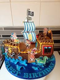 24 best pirate u0026 boat cakes images on pinterest pirate boat cake