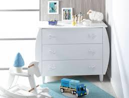 chambre katherine roumanoff chambre bébé lit plexiglas lutin blanc chambrekids