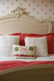 170 best decor u003d bedrooms red and white images on pinterest