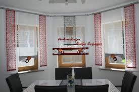 Wohnzimmer Deko In Rot Moderne Scheibengardinen Wohnzimmer Weiß Mit Grün Löwenzahn Blumen