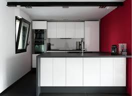 cuisine blanc laqué cuisine noir et blanc laqué en photo