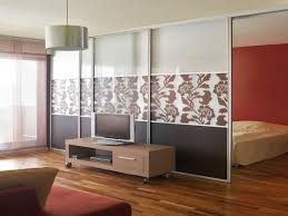 wohn schlafzimmer einrichtungsideen 42 kreative raumteiler ideen für ihr zuhause archzine net