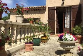 chambre d hote le brusc rez de villa piscine proche port du brusc var provence alpes