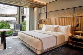 1 hotel brooklyn bridge reviewed pursuitist in