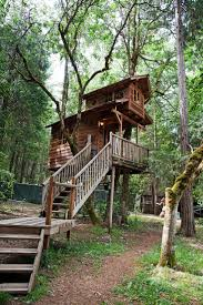 337 best living in tree houses images on pinterest treehouses