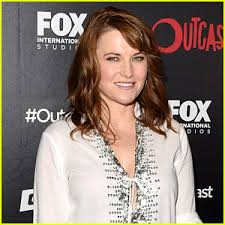 zena the warrior princess hairstyles lucy lawless responds to xena warrior princess revival rumors