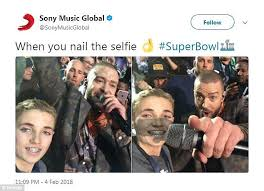 Selfie Meme - super bowl selfie kid becomes meme after halftime show daily