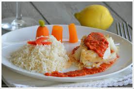 epicurien recettes de cuisine l epicurien dos de cabillaud au chorizo et crème de poivron