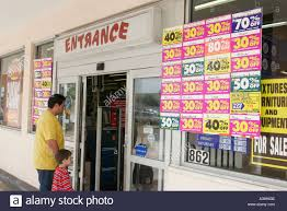 toys r us thanksgiving day sale miami florida westchester toys r us entrance store closing sale