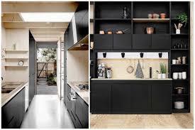mur noir cuisine comment intégrer la couleur noir dans votre déco intérieure