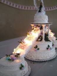 wedding cake layer 7 layer wedding cake with tea lights wow wedding ideas