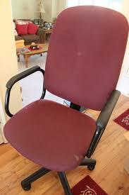 Diy Desk Chair Do It Yourself Divas Diy Reupholster That Office Chair