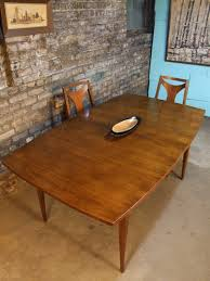 Broyhill Dining Table And Chairs Mid Century Chicago Broyhill Emphasis Dining Table W Two Leafs