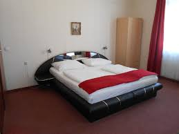 Hotel Pension Adria Vienna Austria Booking Com