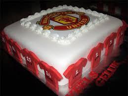 manchester united designer theme birthday wedding engagement cakes