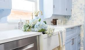 how to paint kitchen cabinets sprayer how to paint cabinets with a paint sprayer