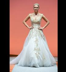 themed wedding dress 9 wedding gowns inspired by disney princesses huffpost