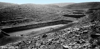 the jerusalem water aqueduct from the solomon u0027s pools