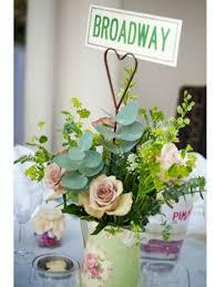 Vintage Flower Table Decorations 64 Best Vintage Flower Arrangements Images On Pinterest Vintage