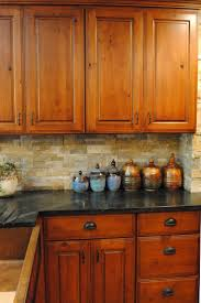 Knotty Alder Cabinet Stain Colors by Alder Kitchen Cabinets Pros And Cons 8 Best Images About Knotty