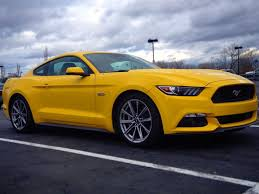 V8 Muscle Cars - ford mustang gt 2015 business insider