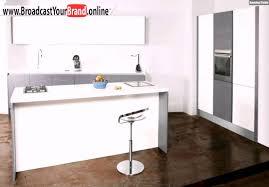 kleine küche mit kochinsel toffini kleine küche kochinsel weiß grau holz
