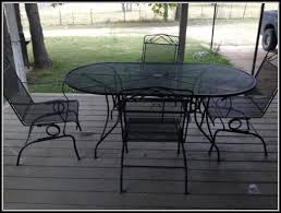 wrought iron patio tables patios home decorating ideas we4enmp2l1