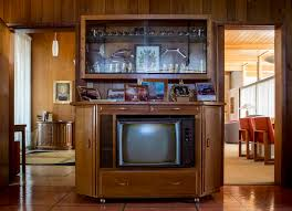 mid century modern kitchen appliances history lives on in vegas u0027 mid century modern homes u2014 photos u2013 las