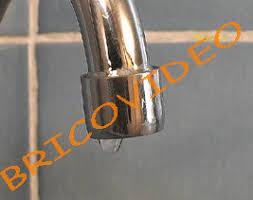 fuite robinet cuisine clapet dépannage le robinet qui goutte fuite plomberie travaux de