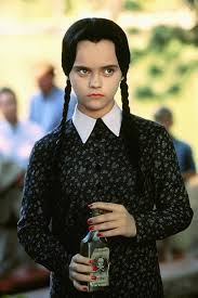 Halloween Costumes Addams Family 27 Halloween Costumes Inspired By Movie And Tv Characters