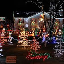 50 spectacular home christmas lights displays u2014 style estate