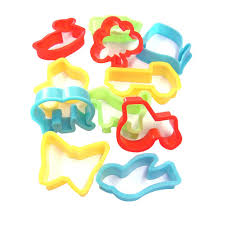 plastic cookie cutters set of 12 in arts crafts clay