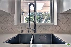 carrelage cuisine mur cuisine carrelage cuisine mur avec magenta couleur carrelage