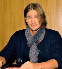 chad michael murray returns to apos one tree hill apos details on
