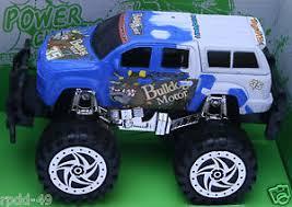 friction super power champion bulldog monster truck bugbear 1st