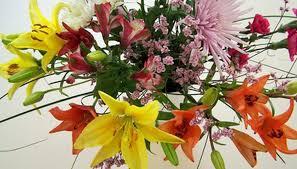 Floral Arrangement Making A Flower Arrangement For A Podium Garden Guides