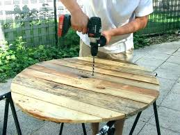 fabriquer sa table de cuisine fabriquer sa table fabriquer sa table de jardin en bois construire