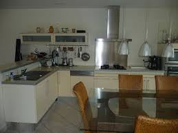 cuisine beige et gris cuisine beige et gris carrelage pour cuisine beige with cuisine