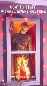 halloween decorations how to stuff a life size michael myers