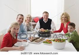 cuisine famille banque de photographies cuisine famille légumes sur raclette