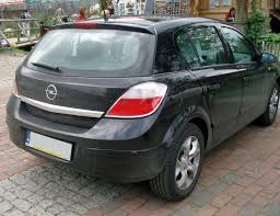 opel astra 2004 black file opel astra 1 6 twinport hatchback3 jpg wikimedia commons